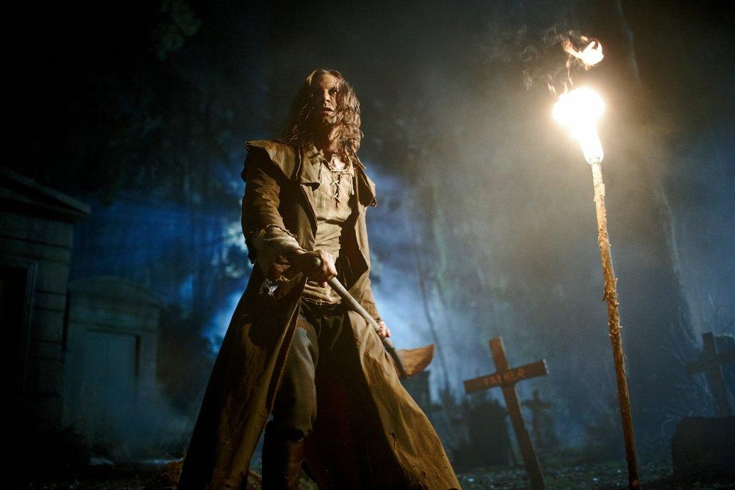 I Frankenstein starring Aaron Eckhart - Motion Picture Lighting